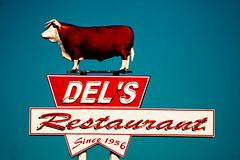 Del's Restaurant - Route 66 (TooMuchFire) Tags: signs newmexico typography route66 neon 1950s signage americana 1956 roadsideamerica tucumcari neonsigns lightroom oldsigns motherroad vintageneonsigns canon30d delsrestaurant oldneonsigns vintageamericana route66signs route66newmexico route66tucumcari toomuchfire newmexicosigns 1202eroute66tucumcarinm