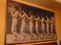 Mujeres desnudas (torresburriel) Tags: cafe zaragoza mujeres cuadro chipre desnudas