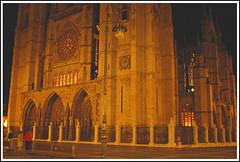 Catedral de Len (Luis M) Tags: arquitectura cristaleras gothicart catedraldelen artgothique artegtico leonespaaspain