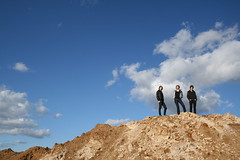 (Vianney Lagoutte) Tags: sky pose terre laure bleue aurelie faustine moode