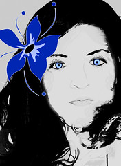 Flower Girl (SwEeTcHy) Tags: blue summer portrait selfportrait flower me girl beautiful face azul digital photoshop hair blackwhite eyes chica sweet retrato flor cara bn damncool retoque singintheblues