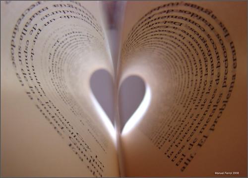 en el fondo es amor by mfgraf.