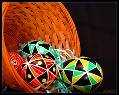 Forty Triangles (lorainedicerbo) Tags: easter eggs ukrainian decorate loraine ukrainianeastereggs psyanky dicerbo lorainedicerbo