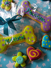 Dog bone cookies (nice icing) Tags: flowers cookies hearts cupcakes rainbow candy bright spots sweets icing coloured