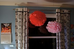 i made some pom-poms for craft room