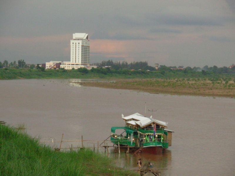 Vientiane-Lao (1)
