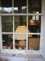 porch window (omoo) Tags: farmhouse barn farm newyorkstate catskills kitchensink sullivancounty enclosedporch formerdairyfarm nearbethelny lookthroughthewindow seethekitchensink