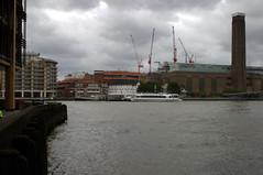 Muddy Waters (swatman67) Tags: sky london water thames river view jetty tatemodern cranes murky globetheatreshakespeare