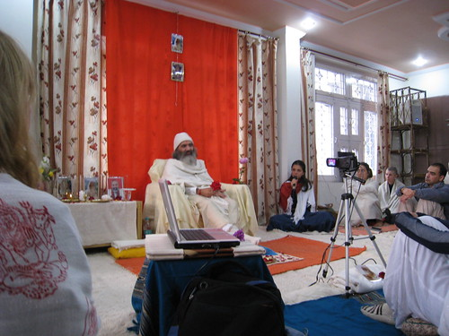 Satsang do Prembaba em Rishikesh