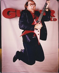 NoeGuitarWorldJump007.jpg (Doctor Noe) Tags: red jump guitars guitarworld jumpshots nammshow