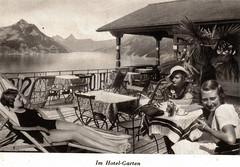 Im Hotel-Garten (onno de wit) Tags: vacation holiday hotel schweiz switzerland suisse ferien vintageadvertising zwitserland vintagephoto younggirls madchen vierwaldstattersee klewenalp beckenried