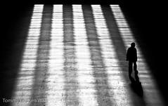 Silhouette (TGKW) Tags: shadow people blackandwhite sunlight man london silhouette modern hall tate turbine