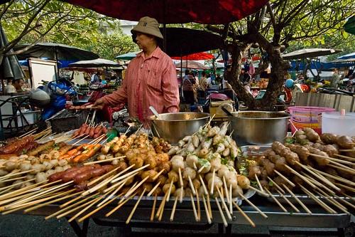 Bangkok tours alleys