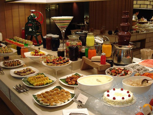 Scrumptious array of desserts, complete with chocolate fountain, durian mousse, Peranakan kuehs, bread and butter pudding and mini cakes/tartlets!