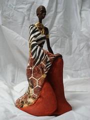 Africana ajoelhada com Jarro. (Digo Pessoa) Tags: bonecas arte afro artesanato imagens decorao gesso pinturas africanas decorativo