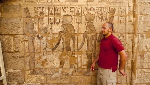 P1040133_Luxor_Ramses3FuneraryTemple_MedinatHabu