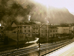 cresciano winter morning - retro shot (chris frick) Tags: old houses light sepia morninglight ticino view wideangle retro noise contrasts camcorder railtrail brokenlight cresciano blendeneffekt automode brillianteyejewel olsstyle chrisfrick