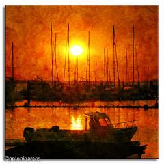 Sail,ReinaMora!! (AntonioArcos aka fotonstudio) Tags: sunset red espaa lights luces boat andaluca spain rojo warm barca huelva colores textures puesta texturas riopiedras cartaya xoxoxoxo elrompido magicdonkey fotonstudio antonioarcos omgstunning