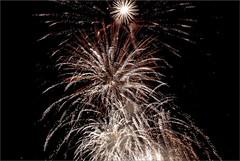 FUEGOS ARTIFICIALES (BURRIANA - CASTELLÓN - SPAIN) (ABUELA PINOCHO ) Tags: españa noche fuegos castellon artificiales blueribbonwinner burriana cruzadas a3b seeorwrite virgendelamisericordia