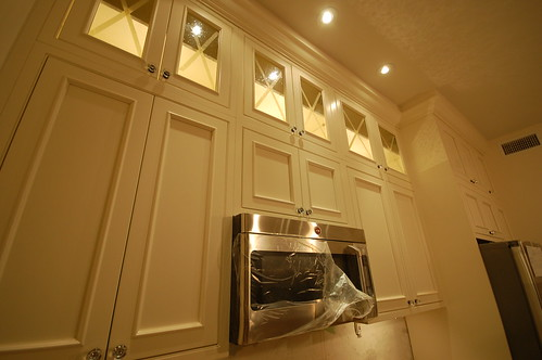 upper cabinet lighting. Yes, I Know Need To Replace Those Upper Cabinet Shelves With Glass :) Lighting S