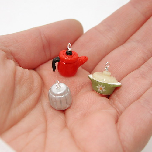 retro cookware charms hand
