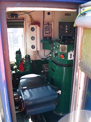 Drivers control and brake stands (Flying Donkey) Tags: cab locomotive internal 4854