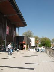 entrada del AH XL (tnarik) Tags: eindhoven ah entrada compras supermercado gallgall