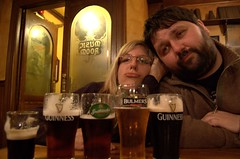 Sisa & Dawwid - bored of beer?! No! (cosmic[SGA]) Tags: travel ireland dublin nikon europe eire youngpeople d40 europeancities martinakrizikova