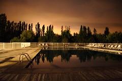 Swiming pool by night - by jipol