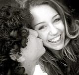 Nick Jonas & Miley Cyrus Kissing by nick_jonasLOVER13.