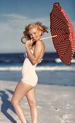 beachy marilyn umbrella profile (carbonated) Tags: ladies celebrity marilynmonroe famous 1950s moviestar