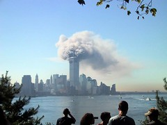 9/11 - twin towers burning (Robert-P. Pelikan) Tags: 2001 nyc newyork worldtradecenter towers 911 nypd twin ground 11 september collection burning twintowers wtc zero septembre nyfd memoriam