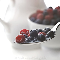 Berries & Cream7 (fhansenphoto) Tags: 2 food set fruit berries cream spoon bowl pitcher rasberries blueberries