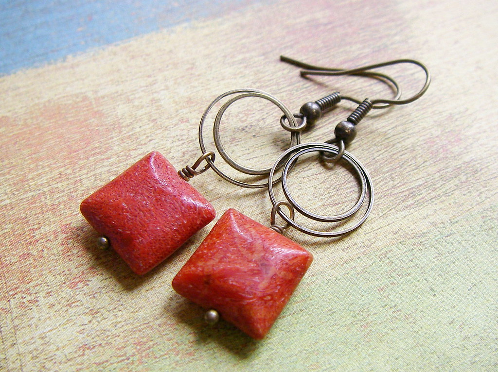 Sponge Coral Square earrings