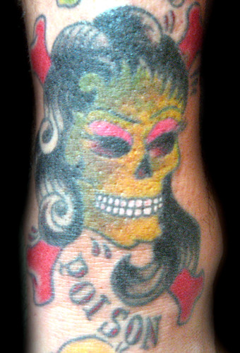 Tatuaje Poison Pupa Tattoo Granada. Pupa Tattoo Art Gallery