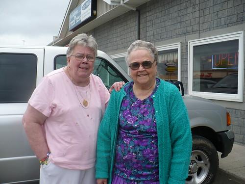 Mom & Aunt Vivian