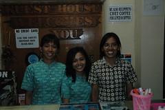 3 receptionistes
