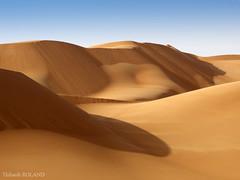 Dune du dsert libyen - 6 (Thibault Roland) Tags: blue sky desert dune bleu ciel roland libya thibault lybia dsert libye akakus tadrart akhakus akhakhus akakhus thadrart tadhrart tadrarth