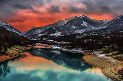 Winter Sunset on the Lake (emanuelezallocco) Tags: reflection national park parco nazionale riflessi sibillini mountains monti panorama lago lake water winter cold cloud sunset tramonto nuvole pentax ricoh ricohimaging