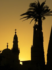 Luxor mosque at sunset (cmphotoroll) Tags: sunset mosque sillouette luxor worldwidewandering nikonp90