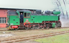Bulgaria State Railways (BDZ) 2-10-2T 760mm gauge steam locomotive 609 76, built by Chrzanow in Poland in 1949, backing down to the station to lead a railfan excursion at Septemvri, Bulgaria, February 19, 2007. (Ivan S. Abrams) Tags: train sofia engine loco trains bulgaria rila engines locomotive balkans railfan trainspotting locomotives locos narrowgauge plovdiv scenicrailway velikotarnovo railwaymuseum 2100 trainmuseum winterthur steamlocomotive starazagora bansko russe 282 troyan pirin pleven steamlocomotives railtours levski velingrad sliven railfans thomasfischer bdz dobrinishte excursiontrain republicofbulgaria trainmuseums bulgariastaterailways ivansabrams kreigslokomotiv kostadinmihailov assenstoyanov 760mm kostamihailov excursiontrains scenicrailways railbuff 2102t restoredlocomotives railwaymuseums railbuffs restoredlocomotive locomotiven locomitiv dampflocomotiv kreigslok railwayclubofholland khardzhali khardjali rhodoppe semtemvri europeansteamlocomotives abramsandmcdanielinternationallawandeconomicdiplomacy ivansabramsarizonaattorney ivansabramsbauniversityofpittsburghjduniversityofpittsburghllmuniversityofarizonainternationallawyer