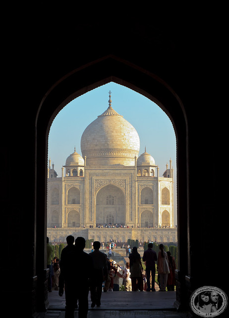Big Day, Visiting The Taj