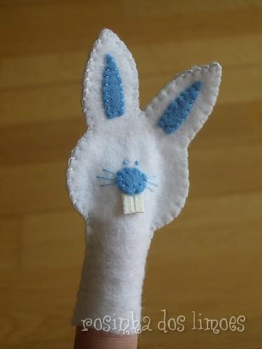 Era uma vez um coelhinho branco ...