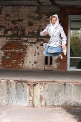 jump hellen jump