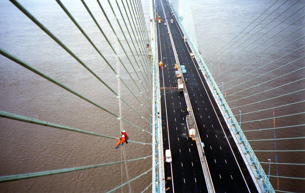 Installing dampener cables to the Second Severn Crossing