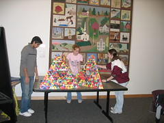 planning the 5th stage (chelmsfordpubliclibrary) Tags: ma chelmsford chelmsfordpubliclibrary tetrahedrons sierpinskitetrahedrons februaryvacation2008 whatsmathgottodowithit