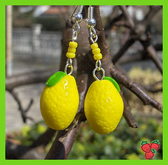 Orecchini limoni in fimo - polymer clay (*Merylu*  PetiteFraise) Tags: fruit cherry handicraft lemon handmade craft jewelry bijoux polymerclay fimo giallo clay earrings etsy rosso frutta limone jewellry polymer ciliegia orecchini