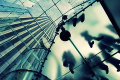sospesi (alicudi) Tags: nyc newyorkcity usa ny newyork apple silhouette shadows manhattan ombre explore mela sagome aplusphoto mariateresadellaquilaapplestore mariateresadellaquila