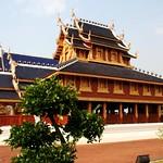 20080316_0655 Wat @ Ban Mae Taeng,วัดบ้านเด่นสะหรีศรีเมืองแกน thumbnail