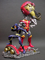 Cyclops_Colossus_Sentinel (Zelevol) Tags: cyclops xmen marvellegends ml summers sentinel colossus